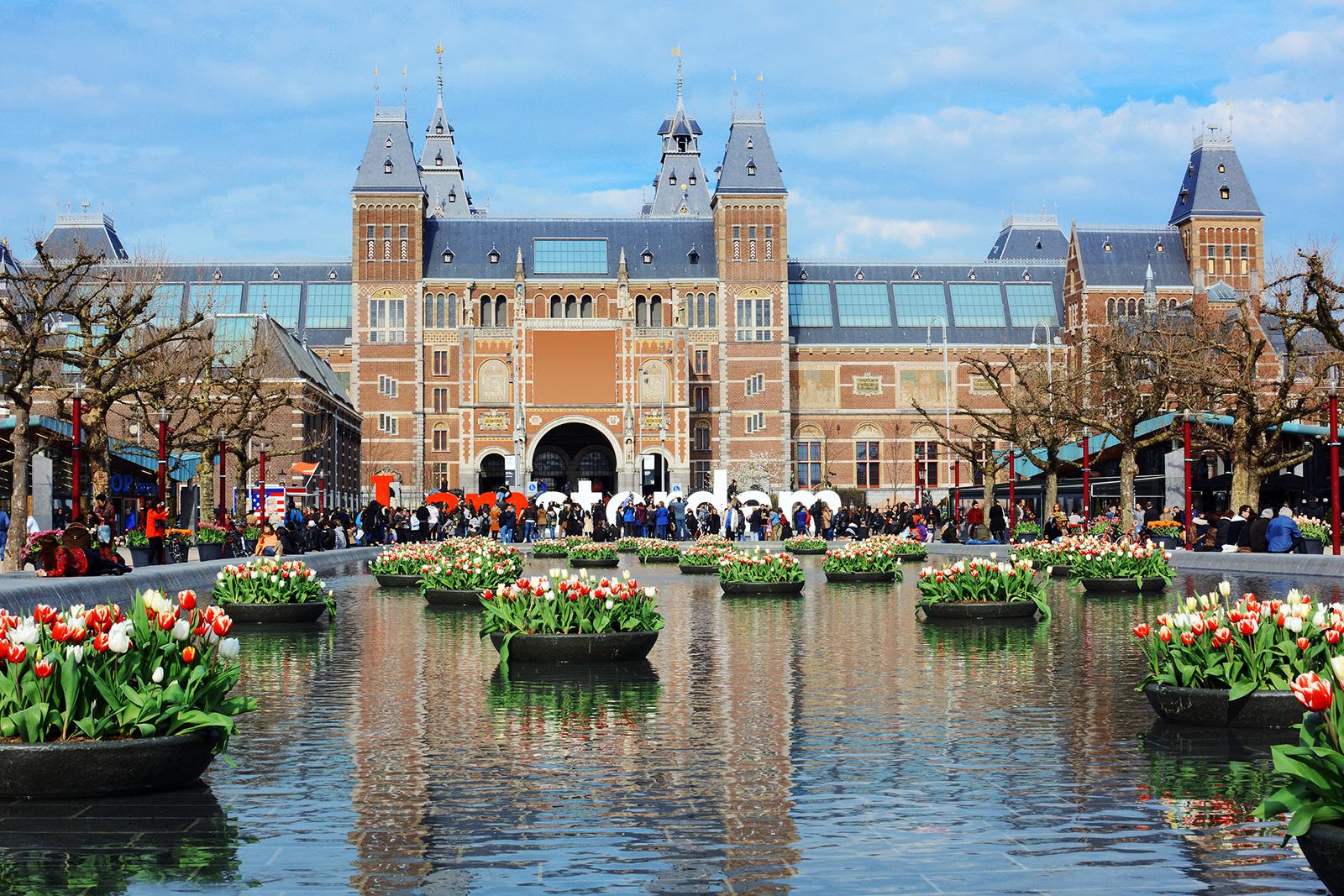 Schwimmender Blumenmarkt in Amsterdam