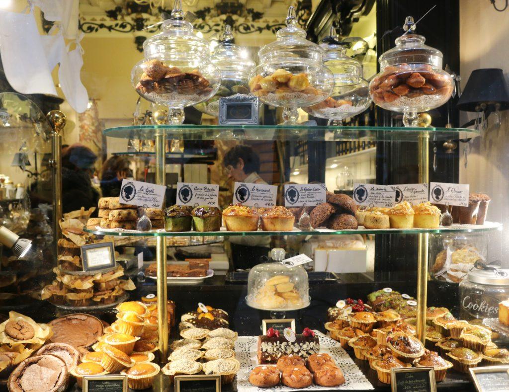 Café Dame Cakes in Rouen direkt an der Kathedrale Notre Dame