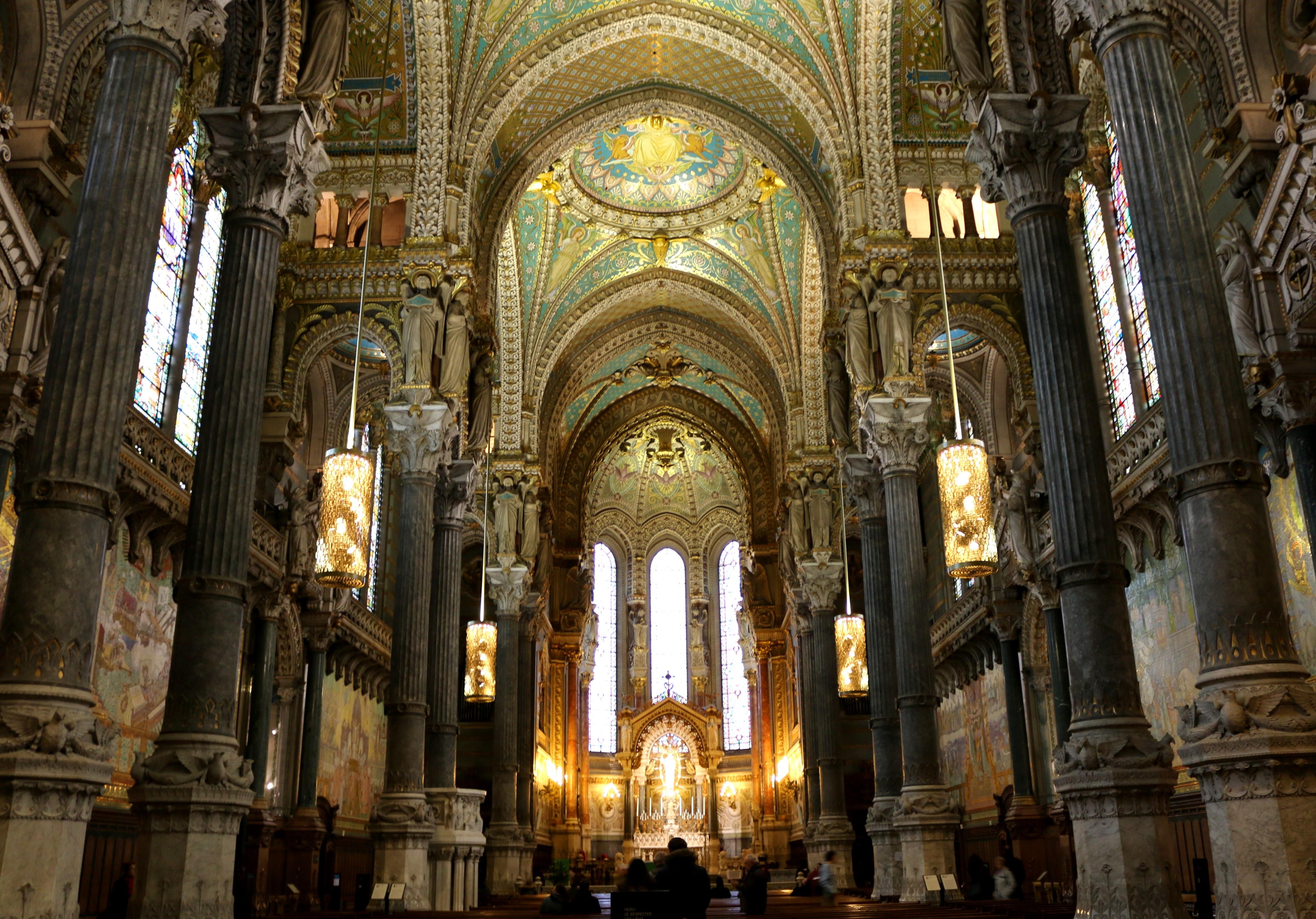 Die Kathedrale - La Basilique Notre Dame in Lyon