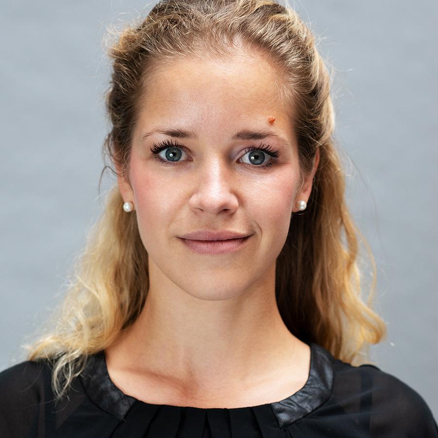 Vanessa Ambos